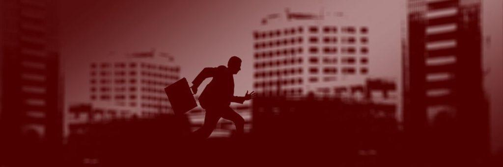Travl mand der løber